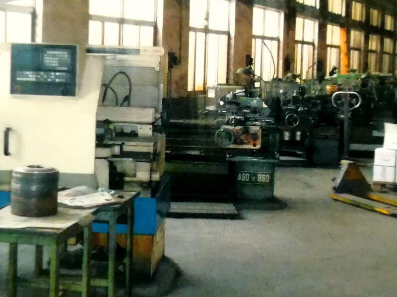 机械维修车间